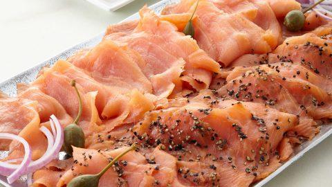 Lemon-Pepper Smoked Salmon, For 18-20 People