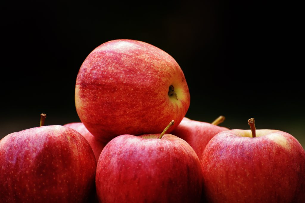 Apple-Organic-Vegetables-And- Fruits