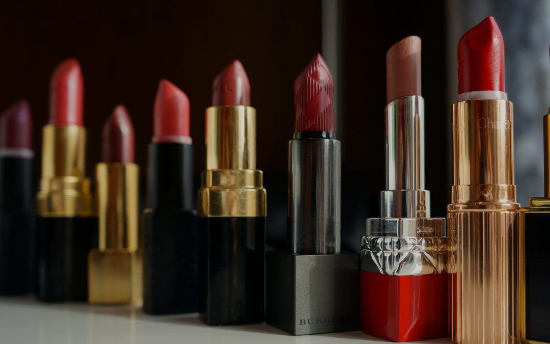 Top 16 National Lipstick Day Deals With UP TO 70% OFF